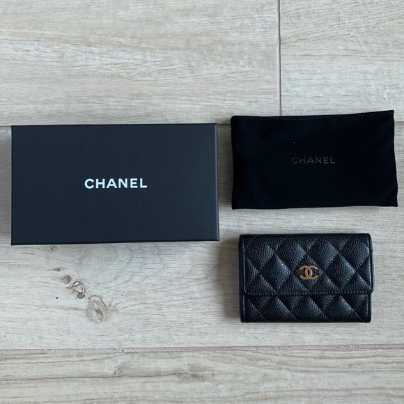 288fb9eb8c6f CHANEL Handbags - CHANEL card holder wallet (with dust bag and box)